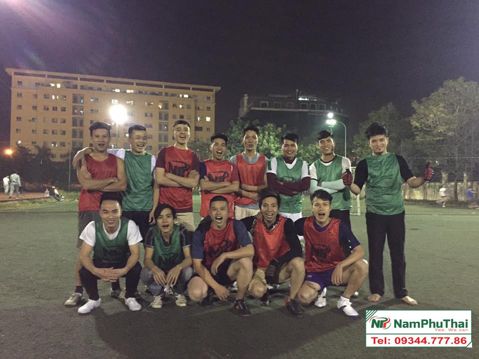 Giải bóng đá giao hữu giữa khối văn phòng và kỹ thuật Nam Phú Thái